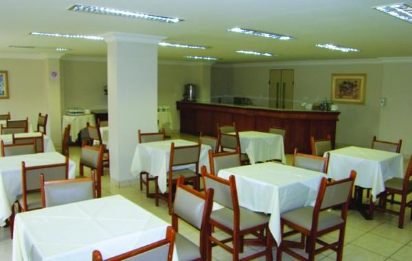 Salão de Café (servido no Hotel Cardum)